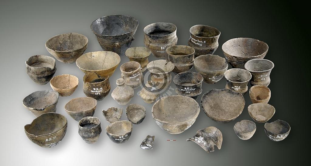 Aardewerk Trechterbekercultuur, vindplaats Baalder (Ov.) - Neolithicum